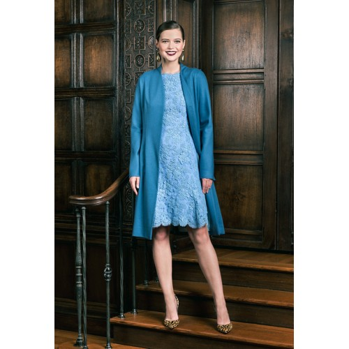 DEE HUTTON | Made-To-Order Collection With A Modern Twist img114